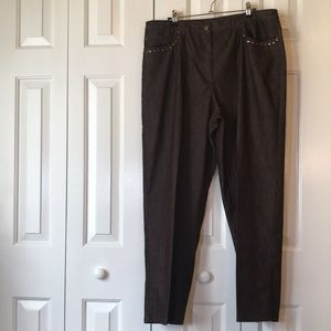 👔2/$20 EUC Ruby Red Brown Jeans size 16